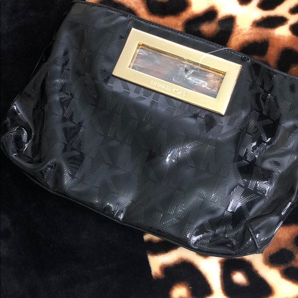 Michael Kors Handbags - Brand New Michael Kors Purse🖤